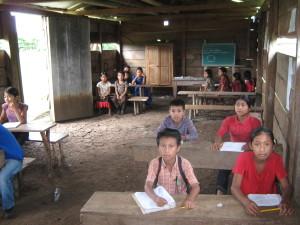 estudiantes-en-escuelita-zapatista-caracol-de-la-realidad